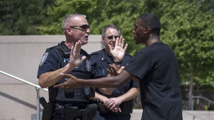 ferguson-police-racism-michael-brown-st-louis-offender-funded-incarceration-exploitation-traffic-warrant-extortion-probation-tax-revenue-police-brutality-black-white-racial-profiling-rac